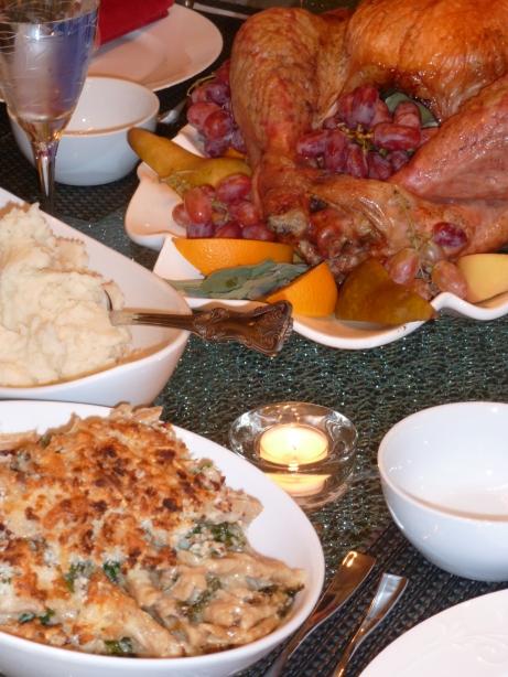 Mac & Cheese, Mashed Potatoes, Turkey