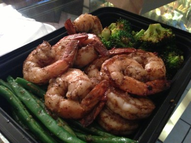 Jerk shrimp with green beans and broccoli @evelynskitchen 3