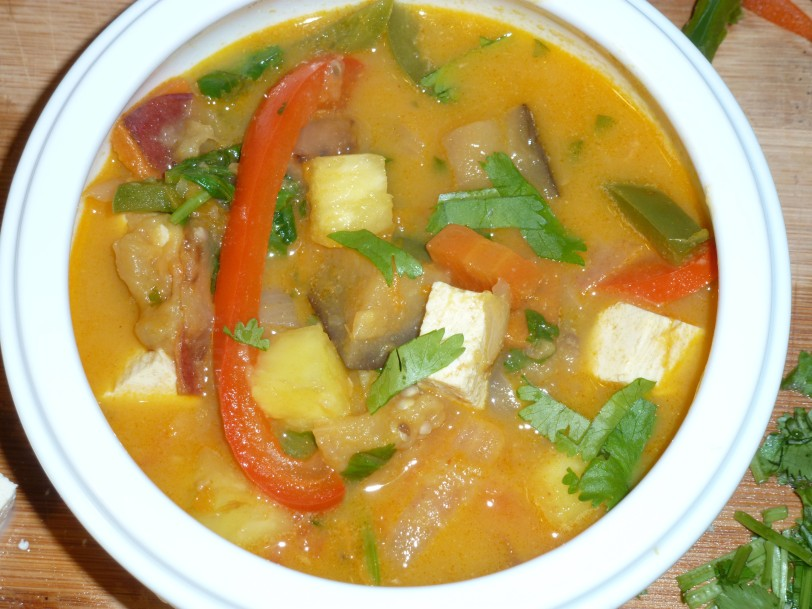 vegan coconut curry soup 2