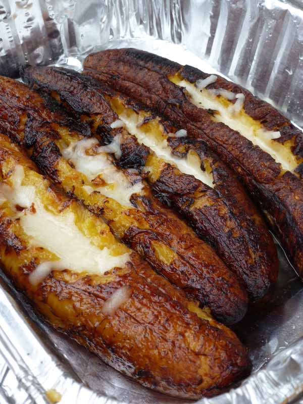 Maduros Stuffed with Cheese