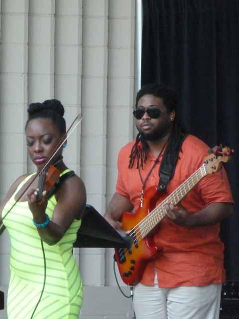 Kersen Stevens and her bass player