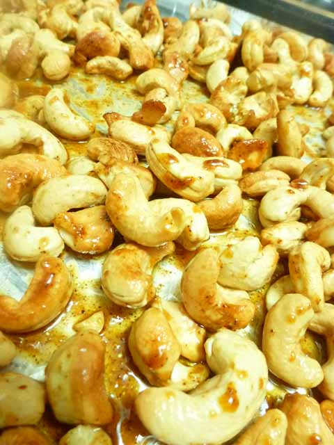 half cooked cashews and coconut oil mixture